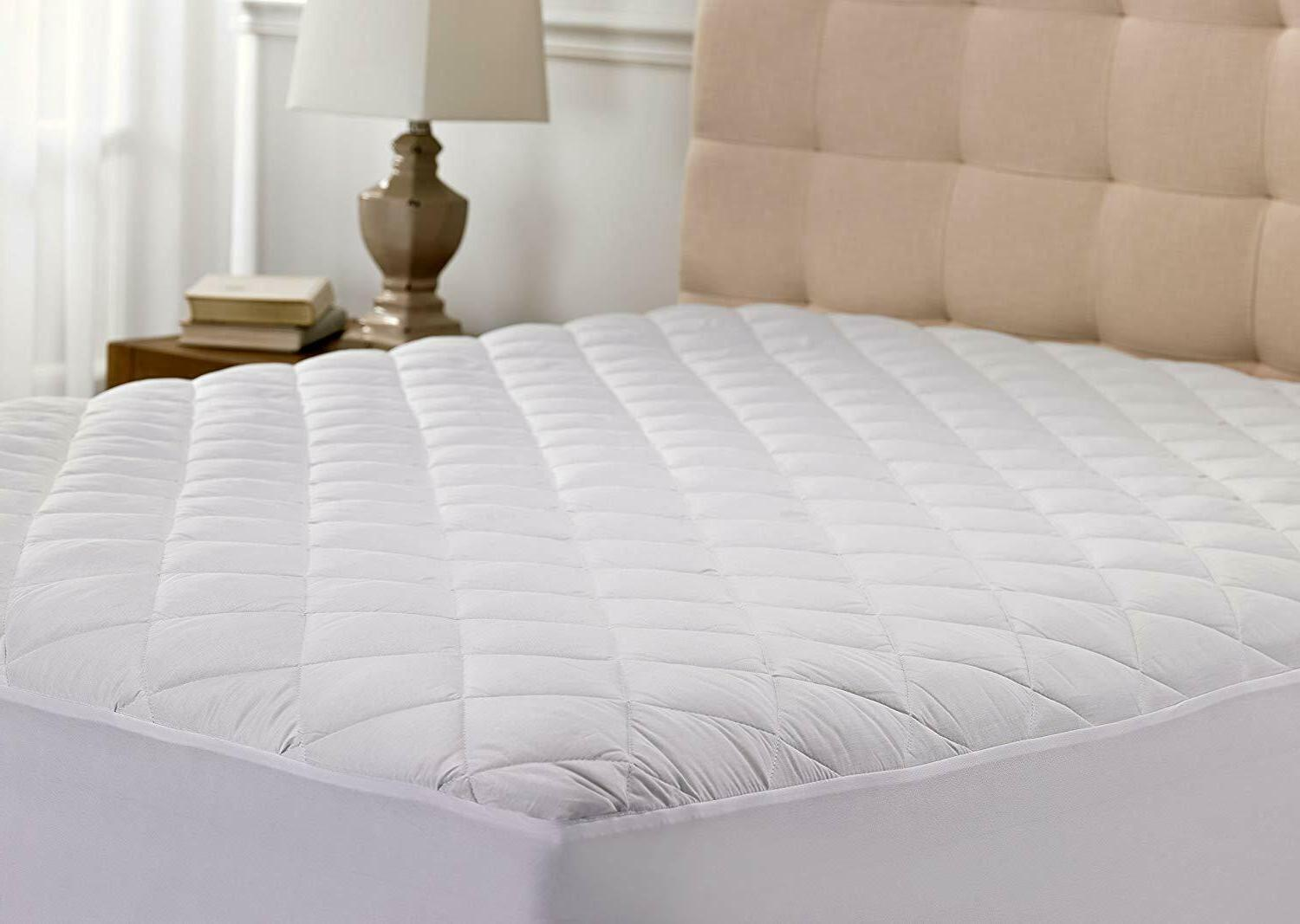 Mattress Pad Hypoallergenic Quilted Stretch-to-Fit 10 Year W
