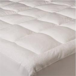 Mezzati Luxury Pillow top Quilted Mattress Pad with Fitted S